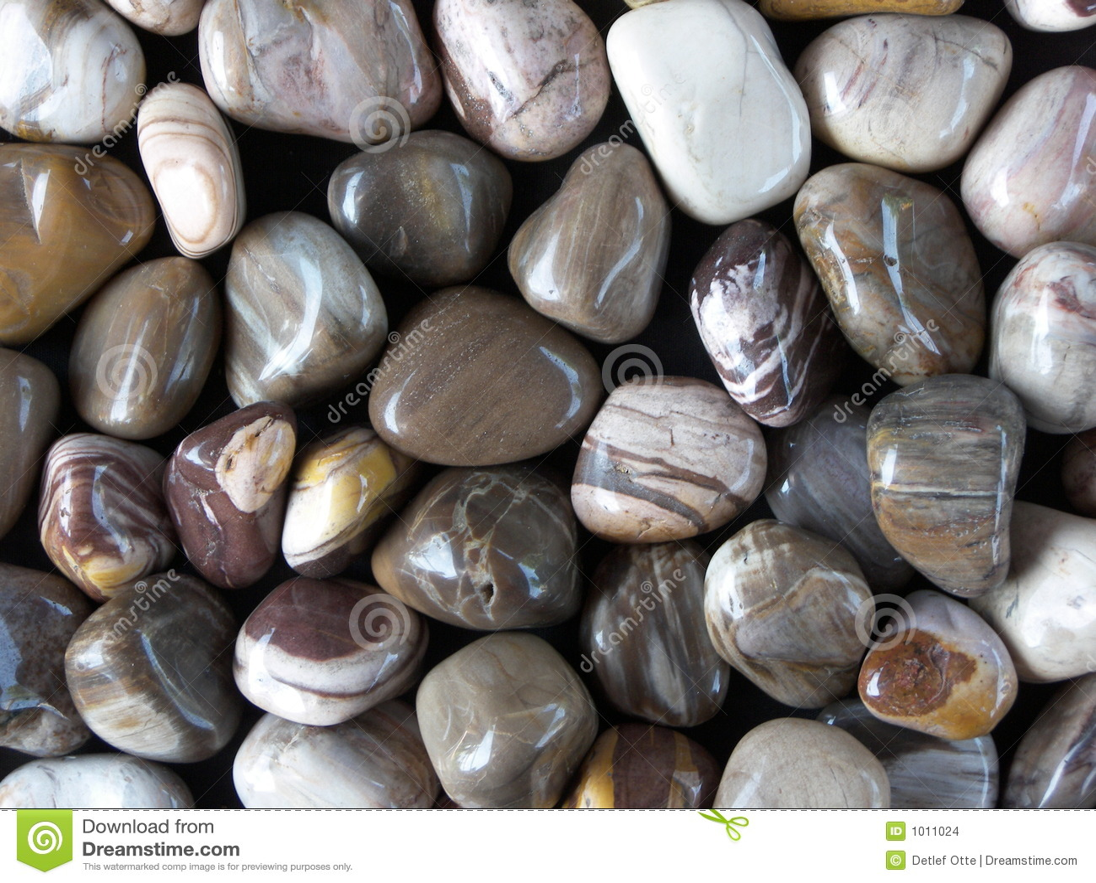 Okrzesani kamienie