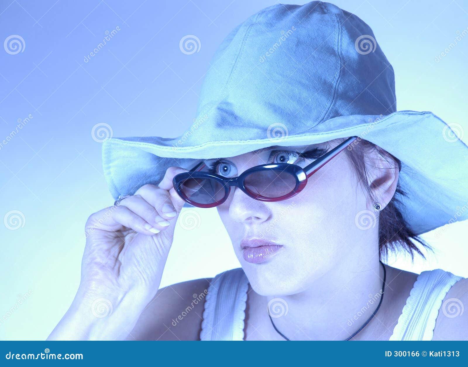 Okulary przeciwsłoneczne kobieta