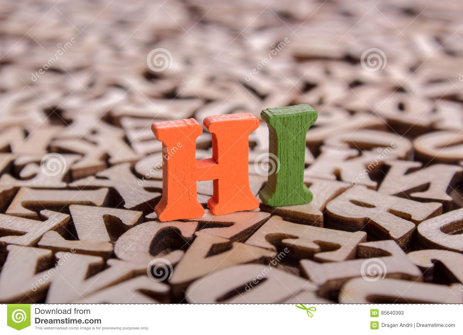 Olá! palavra feita de letras de madeira