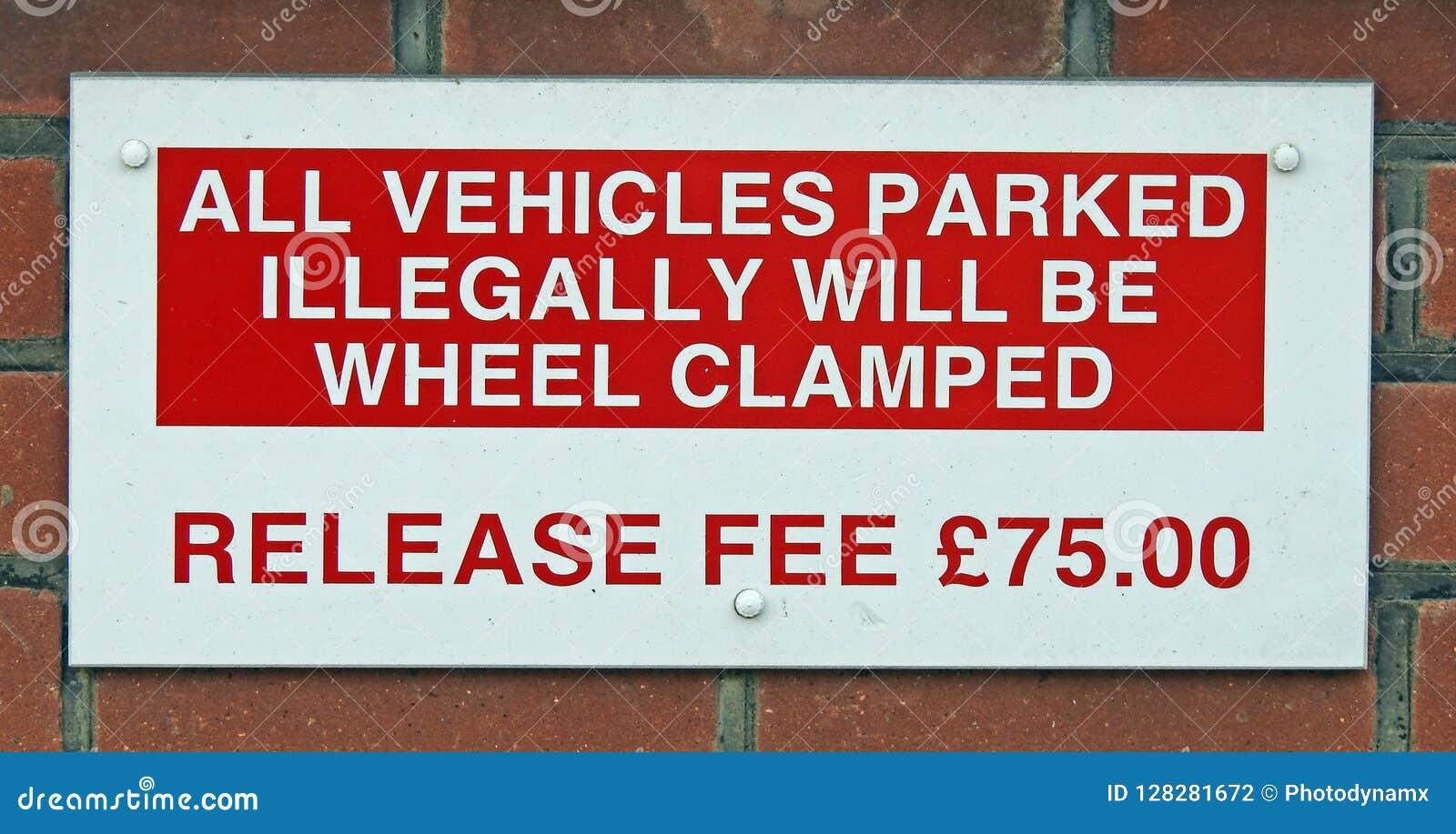 Olagligt obehörigt parkeringsteckenmeddelande fint