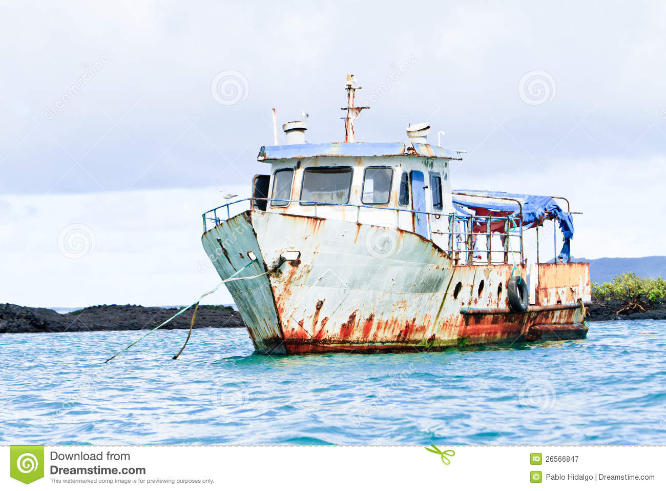 Old abandoned boat in the sea stock image image 26566847 for What to do with an old boat