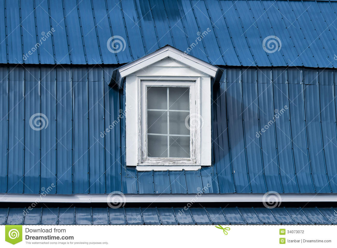 Old american house dormer stock photography image 34073072 for Old american houses