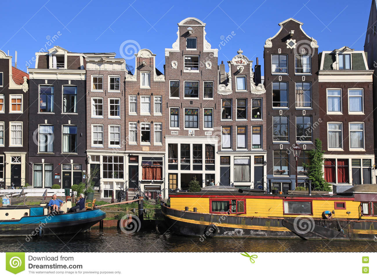 Old Architecture And Houseboats Along Canal, Amsterdam ...