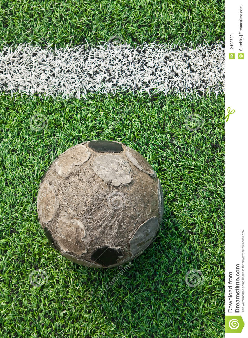 how to pass a soccer ball on the ground