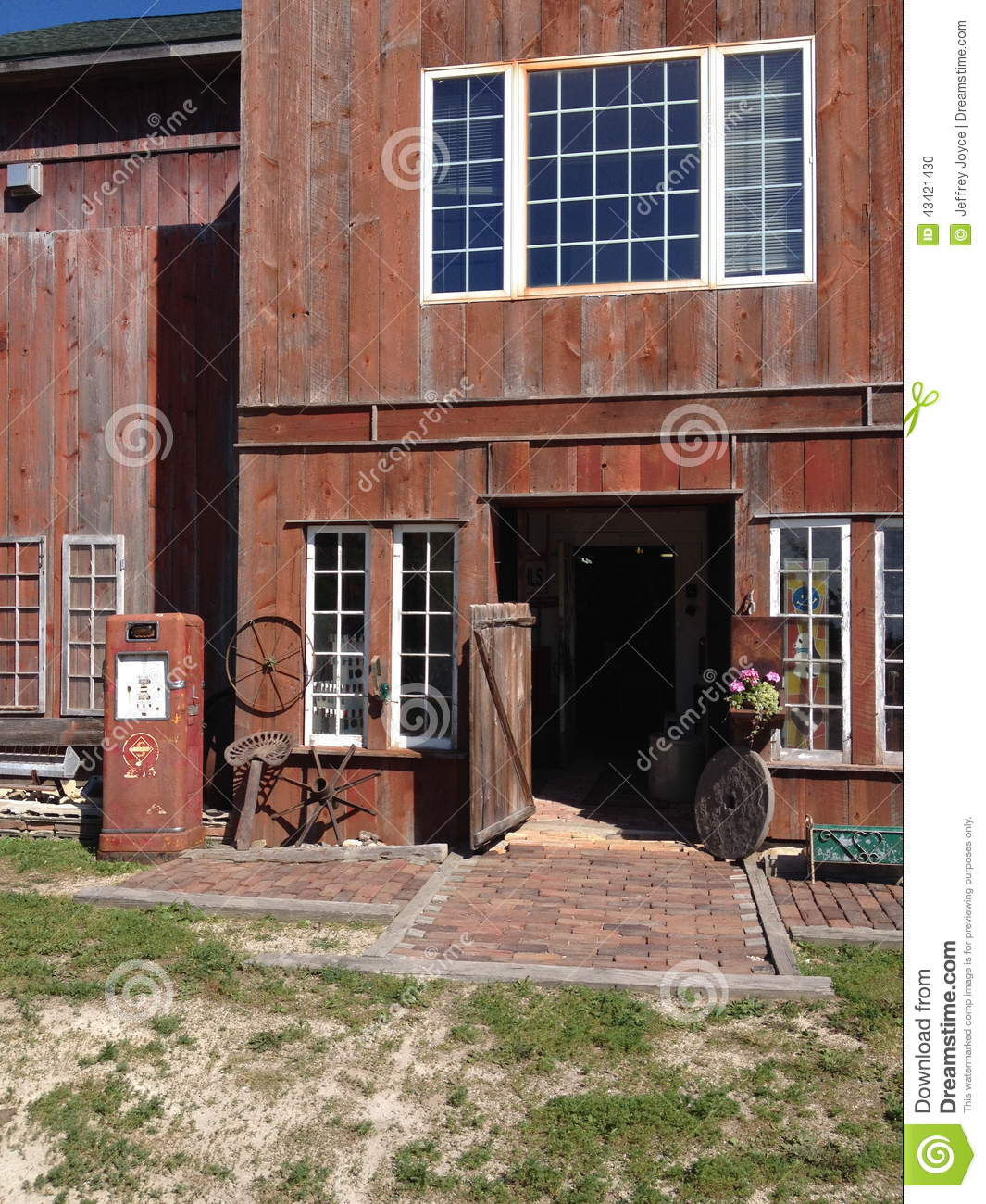 Old Barn Building Stock Photo Image Of Story Siding