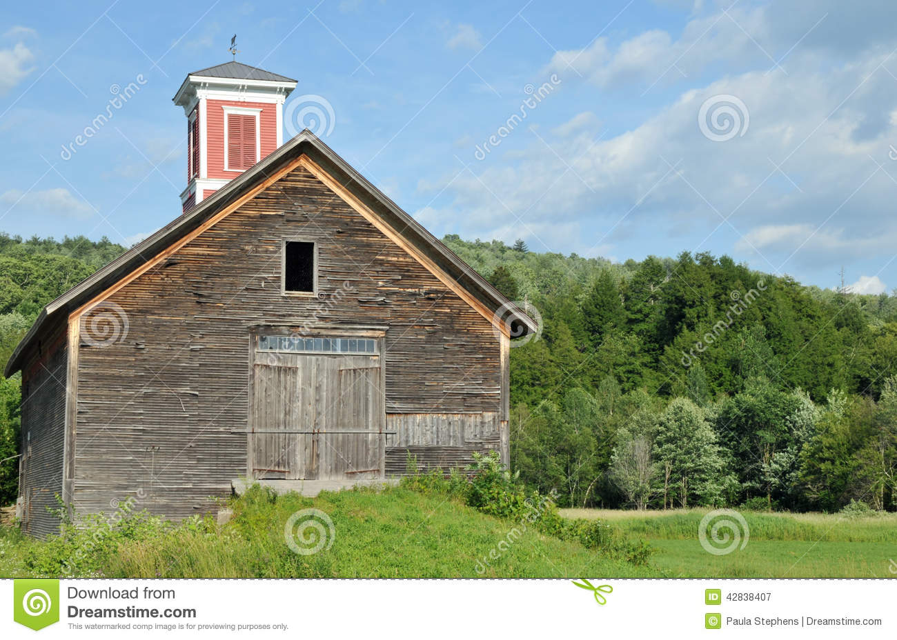 Old barn with cupola stock image image of cupola england for Vermont farmhouse plans