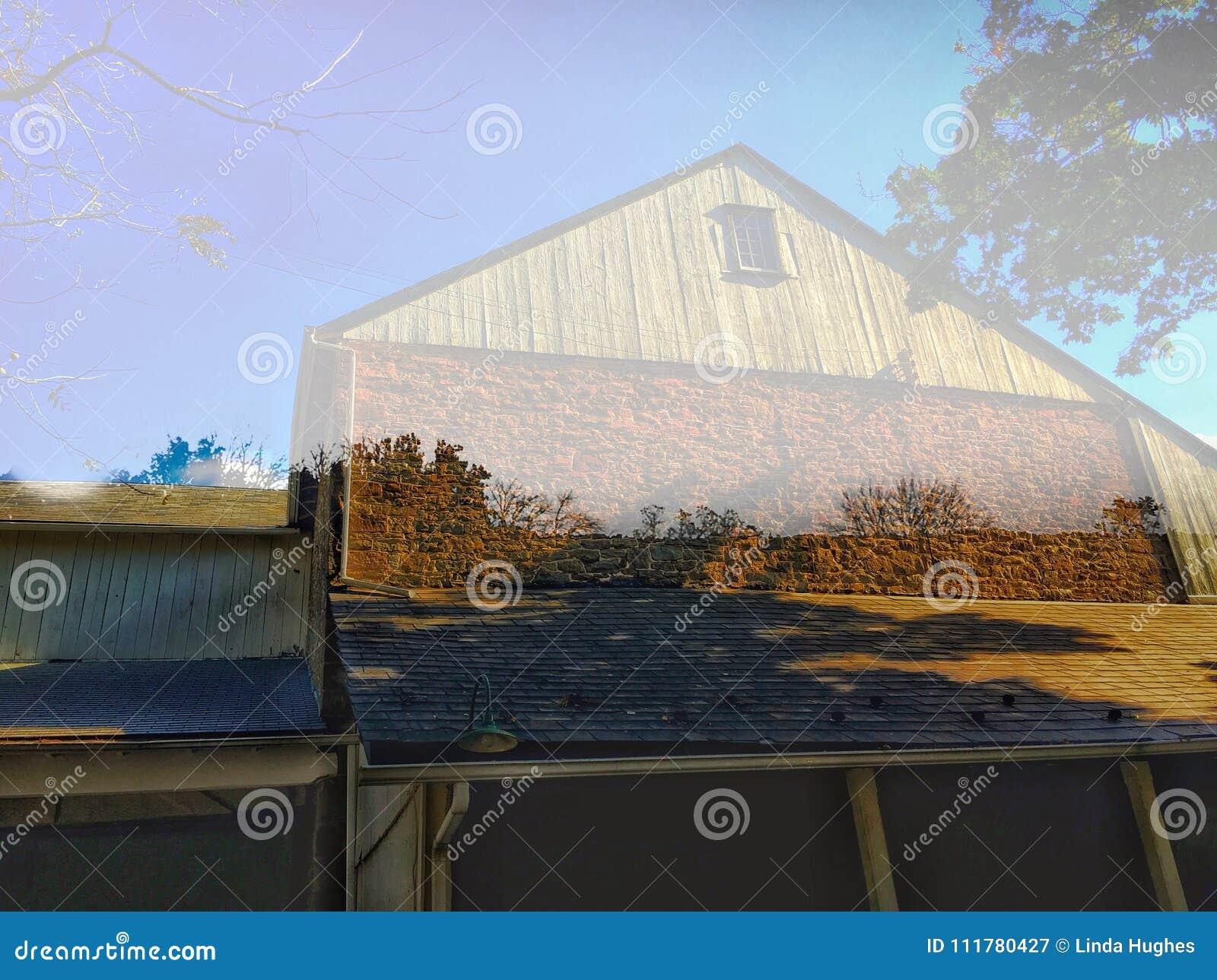 Old barn meets scenery
