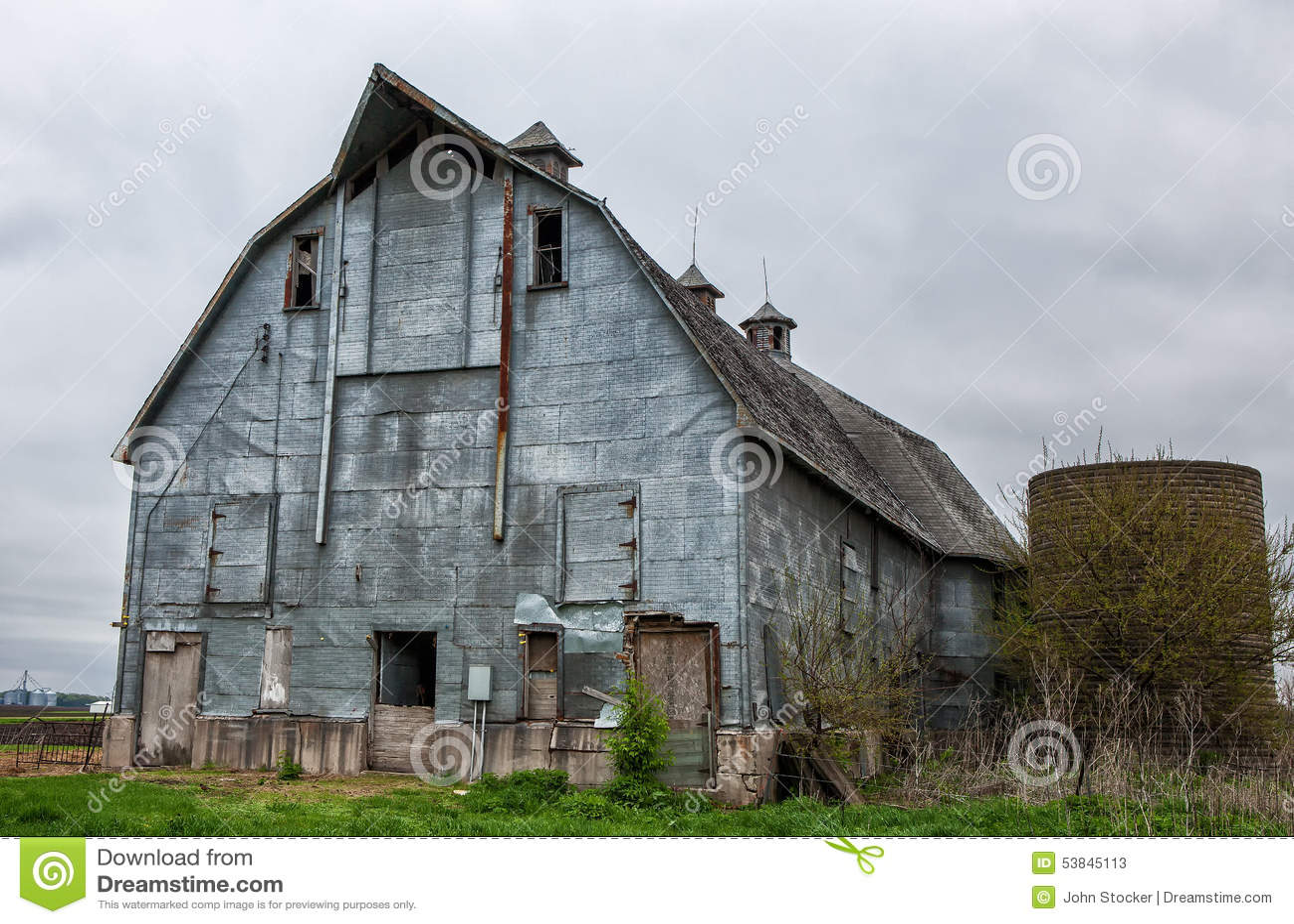 Old Barn 12 Stock Image Image Of Siding Shaped Barn