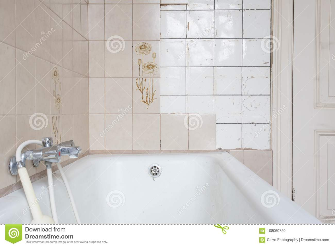 Old Bath Tub With Dirty Tiles Stock Photo - Image of bathtub, detail ...