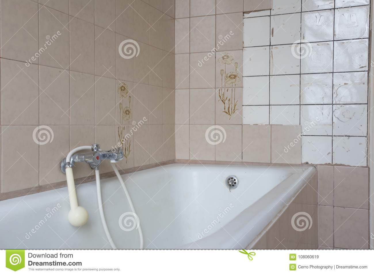 Old Bath Tub With Dirty Tiles In Bathroom Stock Image - Image of ...