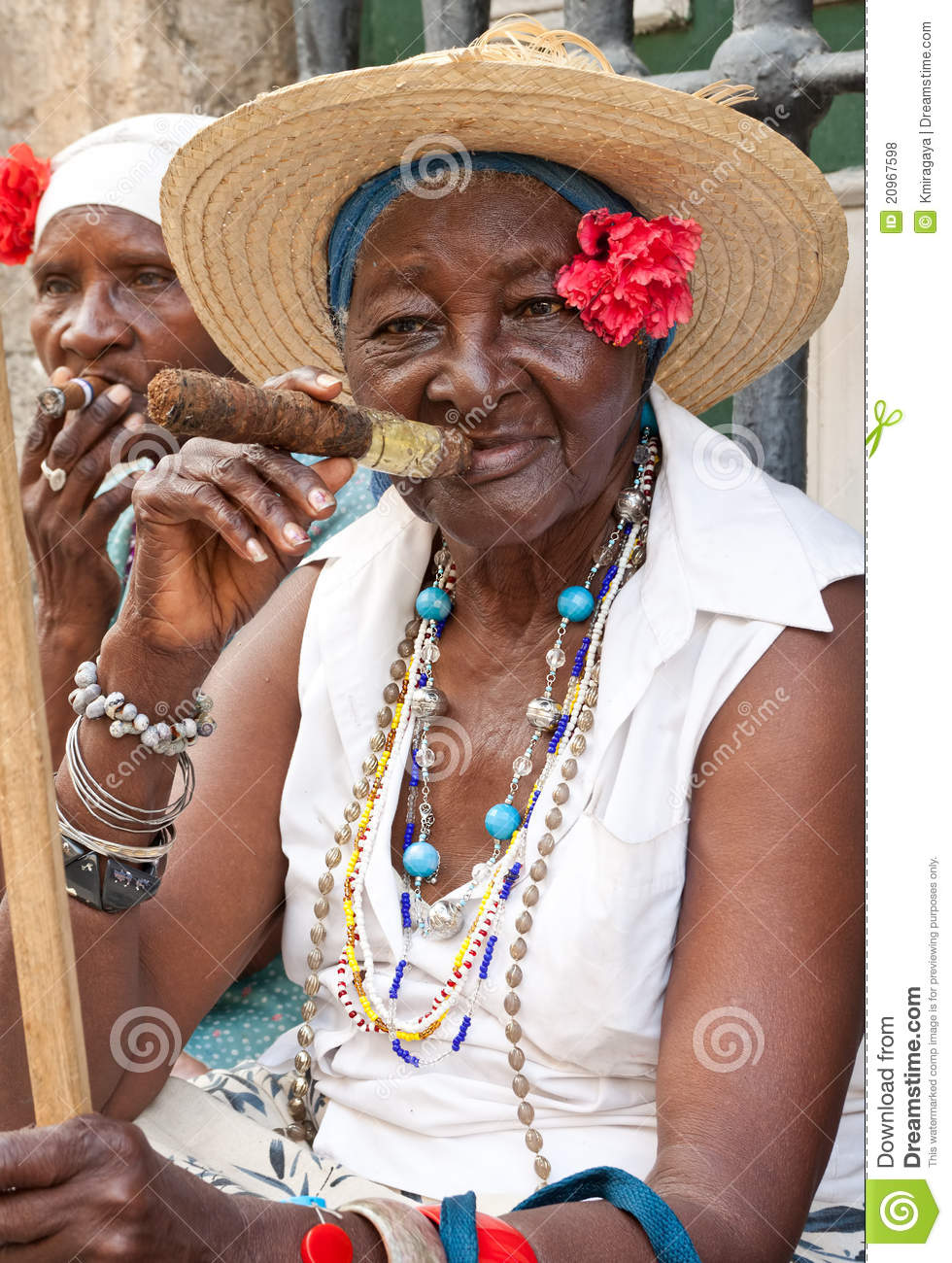 Lady smoking a huge cigar in Havana.Iconic characters like this are an ...