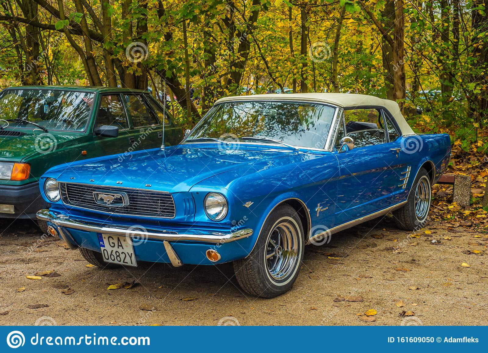 Classic Elegant And Shining Blue Ford Mustang At Car Show Editorial Image Image Of Brand Autumn 161609050