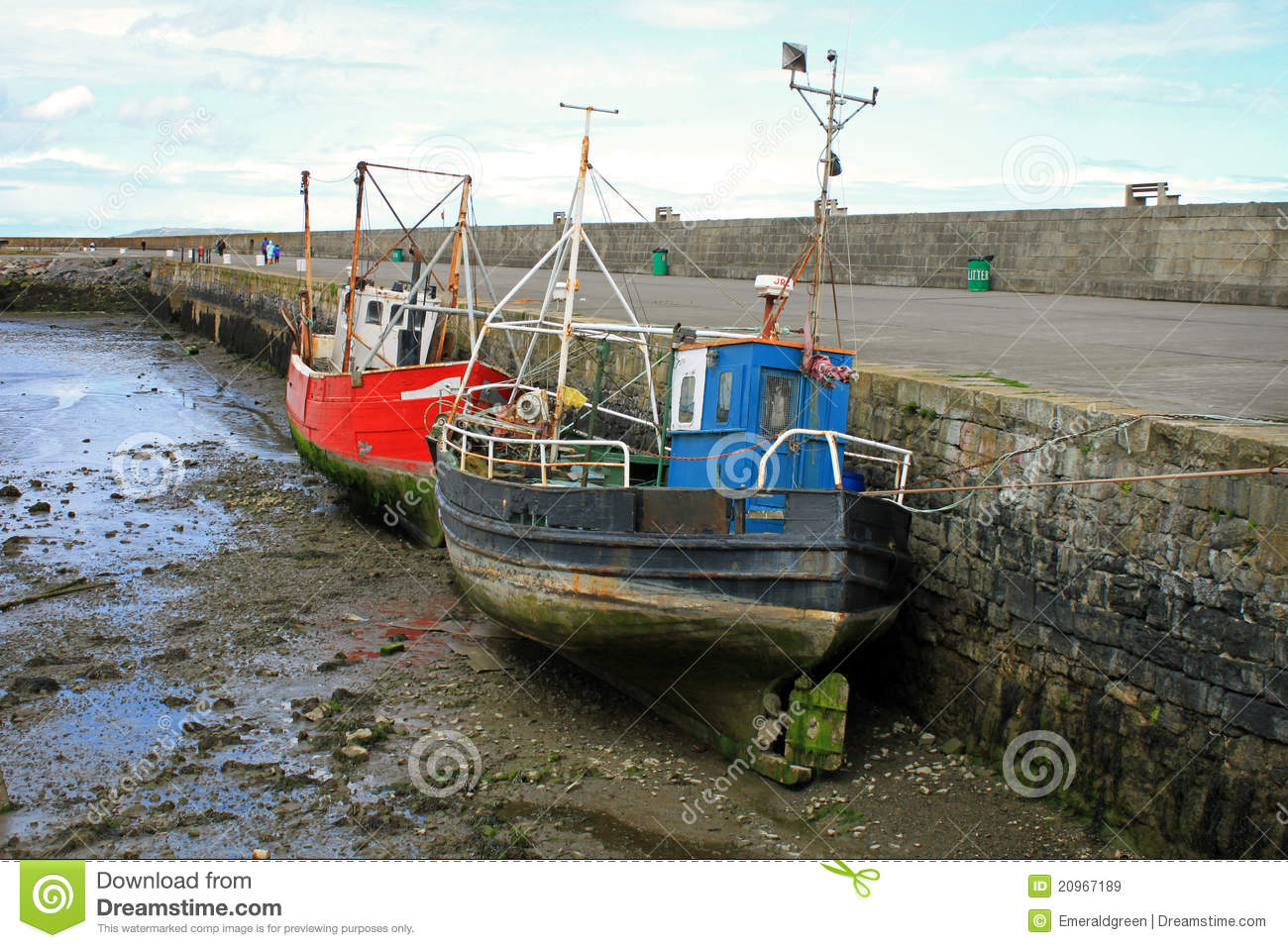 Old boats at howth harbour royalty free stock images for What to do with an old boat