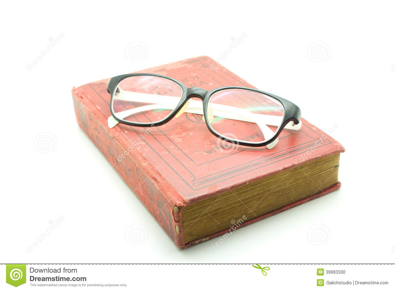 glasses on book - photo #26