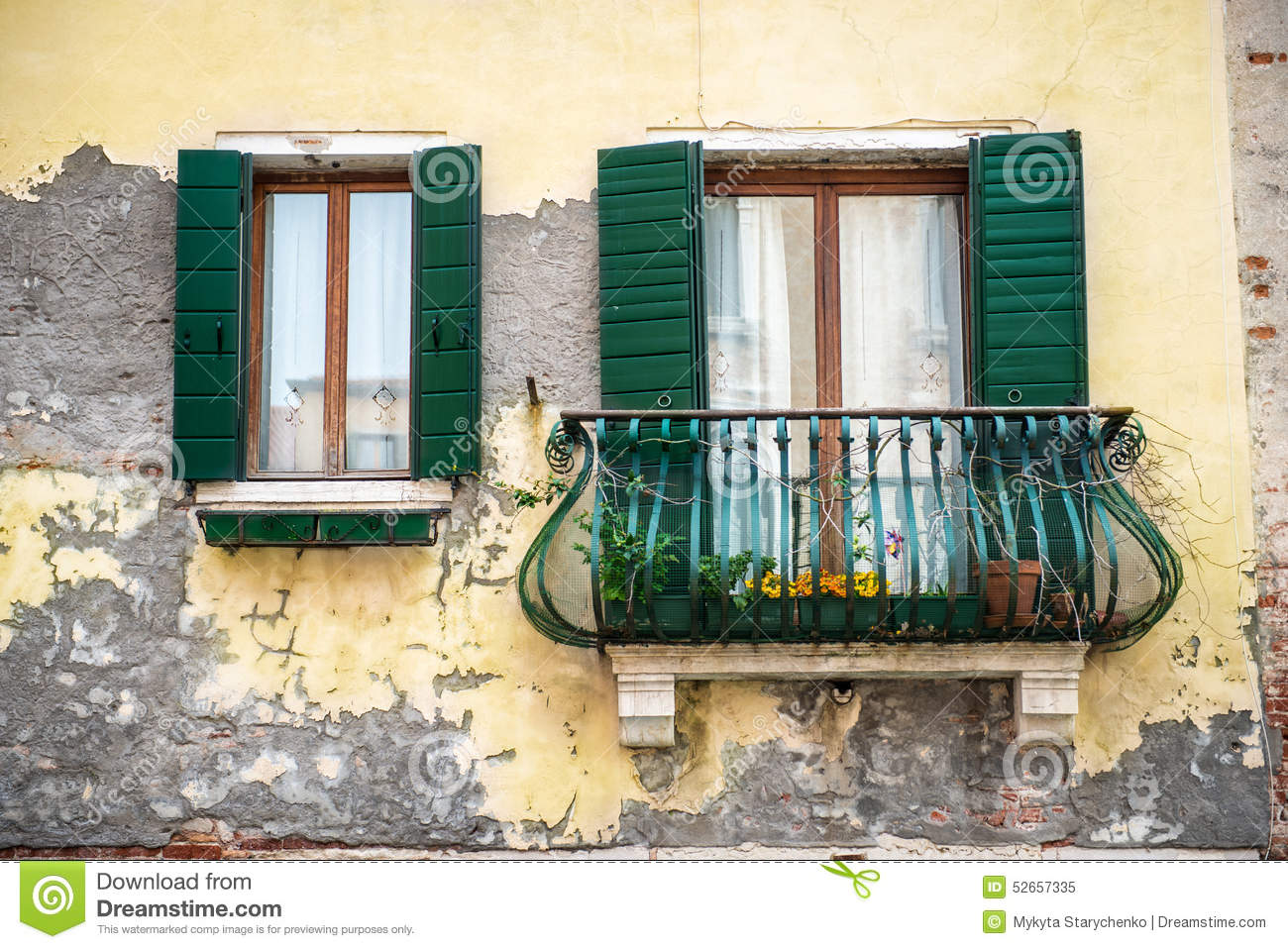 Old building with a balcony in venezia italy stock image for Balcony in italian