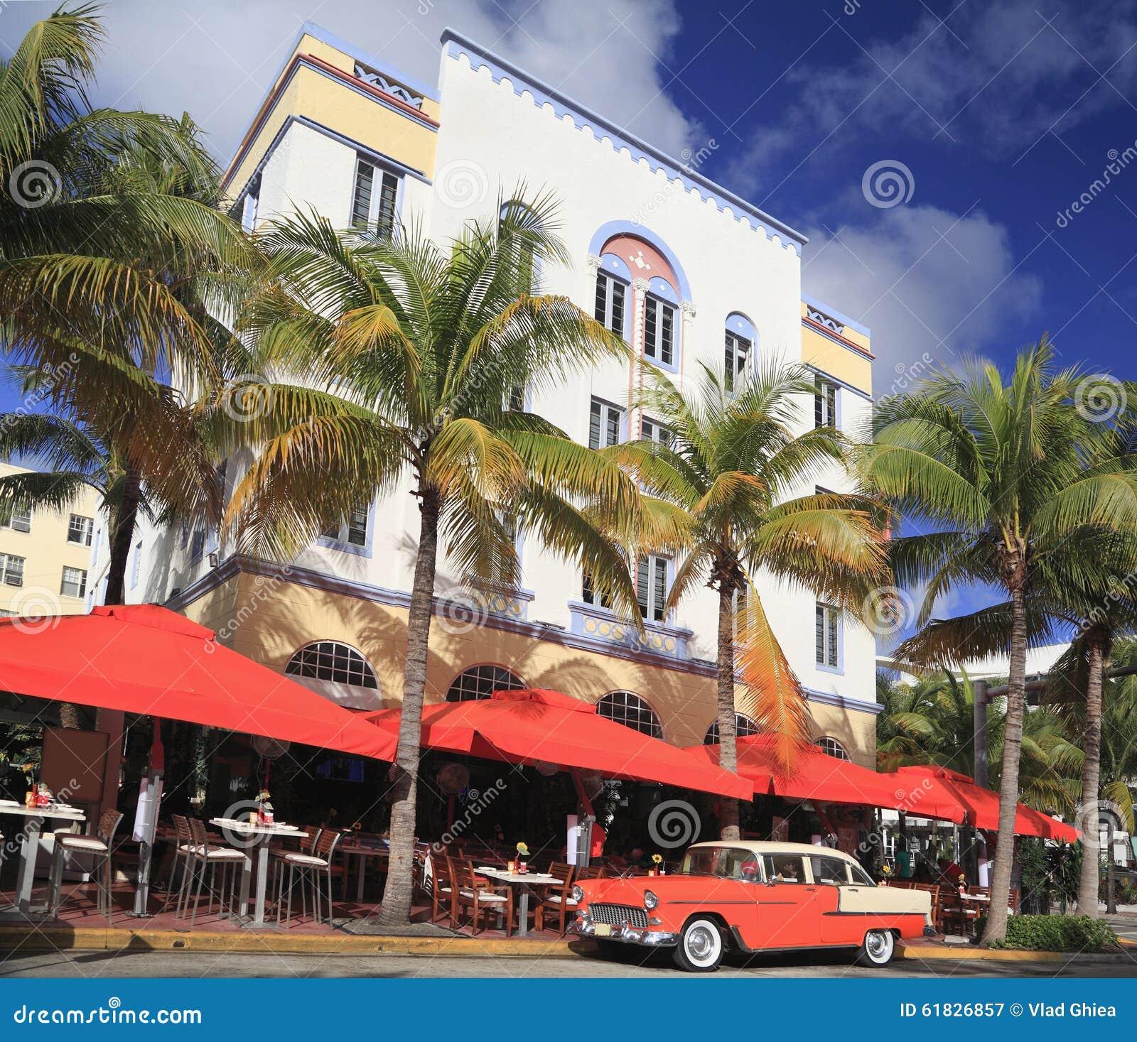 Old Car And Restaurants On Ocean Drive Miami Beach Stock