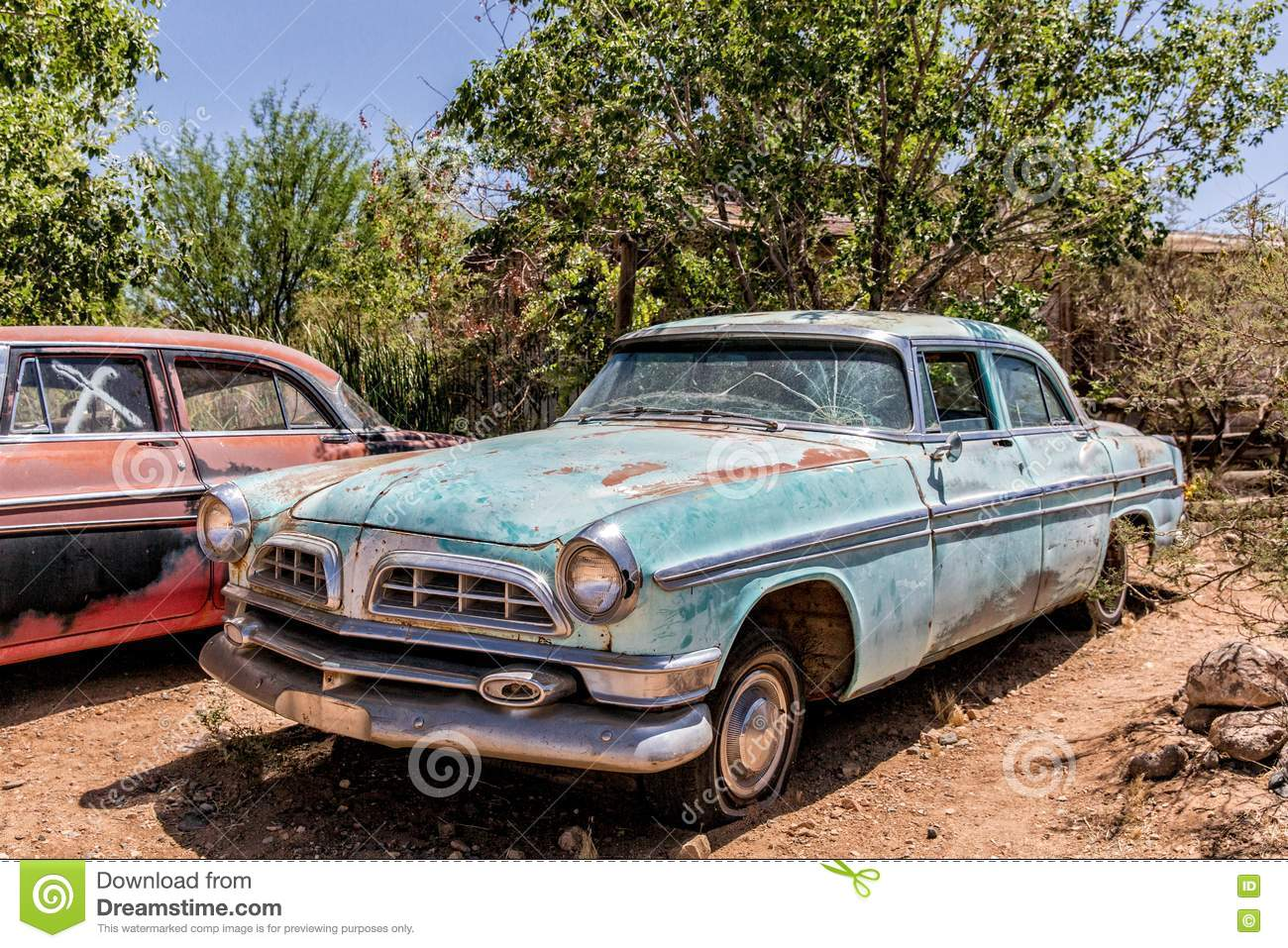 Old Car Wreck At Hackberry General Store Editorial Image - Image of ...