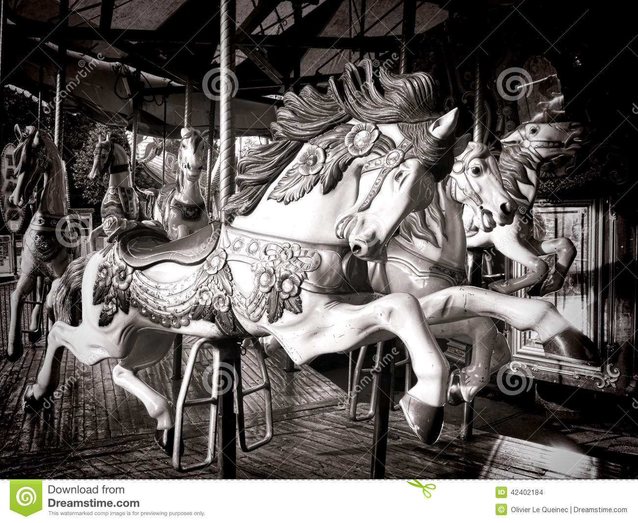 Vintage carnival ride www imgarcade com online image arcade - Old Carousel Horse Merry Go Round Amusement Ride Stock