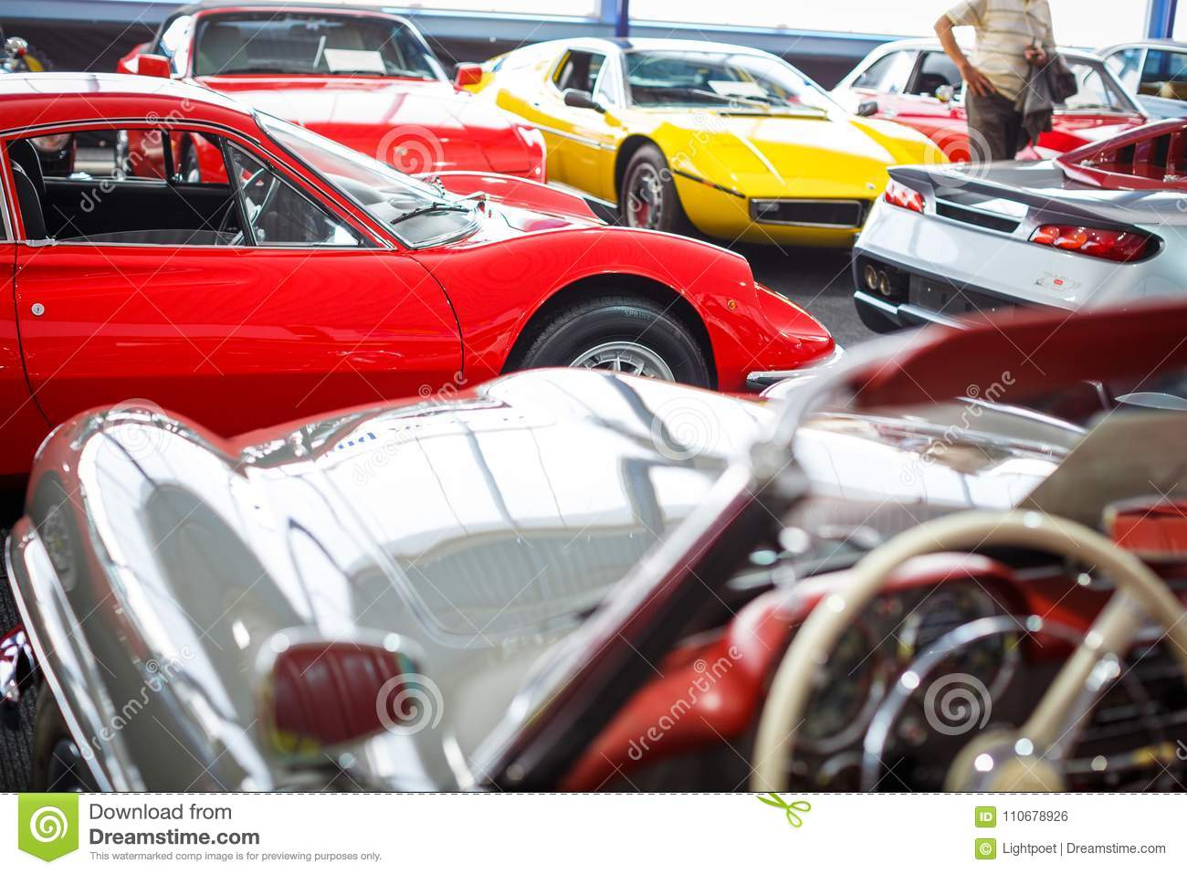 Auction Cars For Sale >> Old Cars Auction Editorial Photo Image Of Legal Models