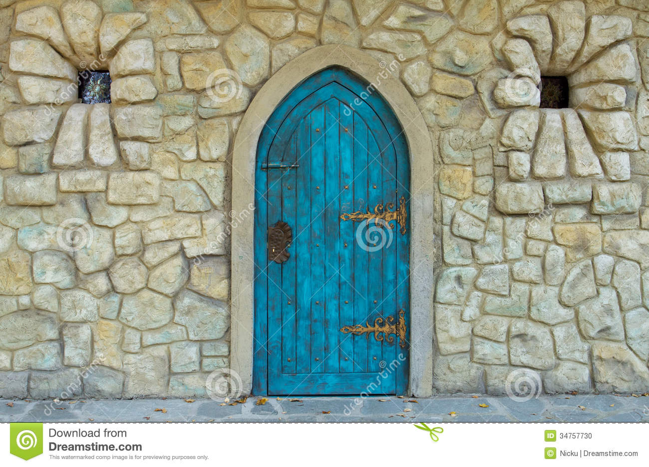 Old castle door stock photo image 34757730 royalty free stock photo eventelaan Image collections