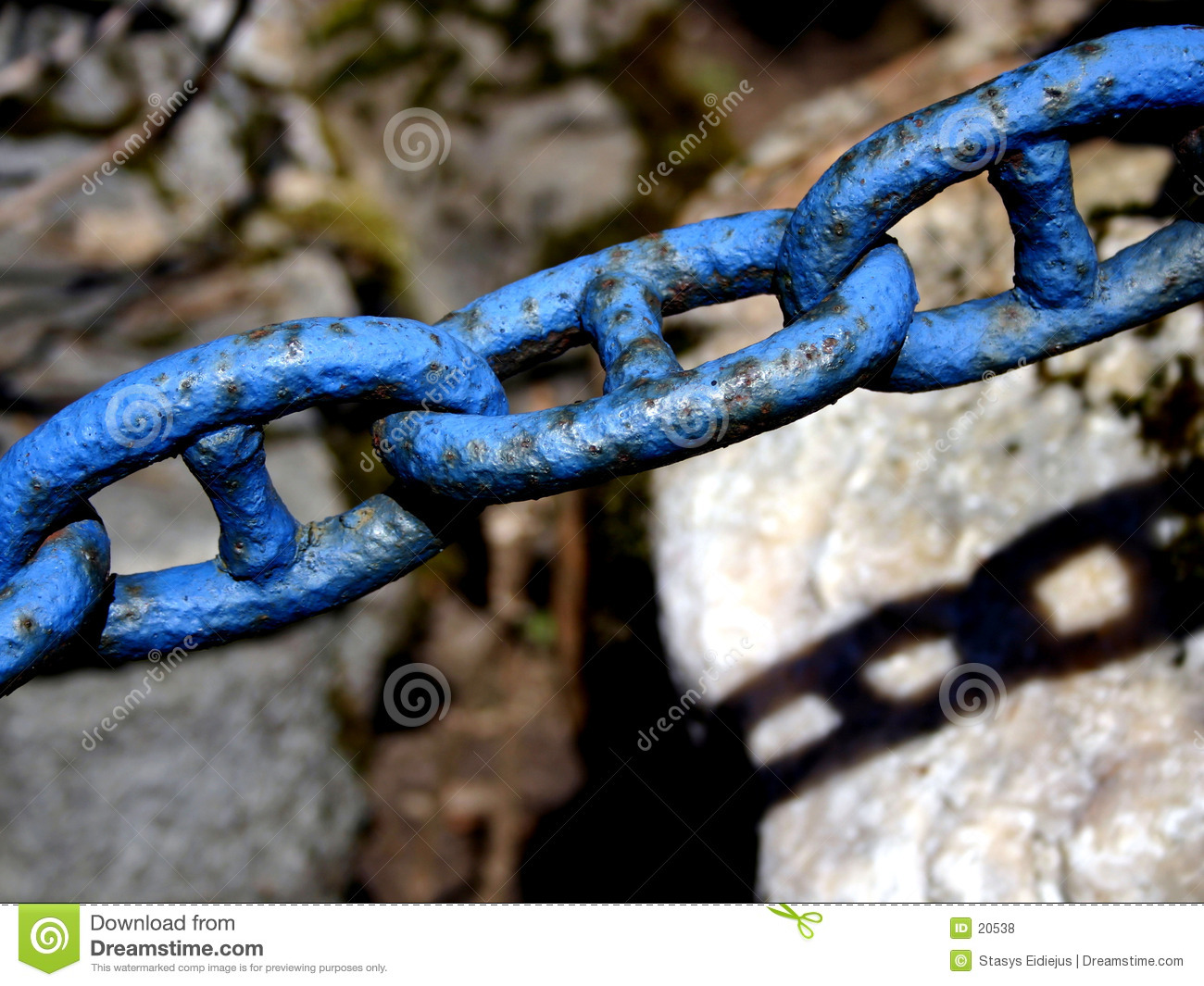 Old chain. Detail III