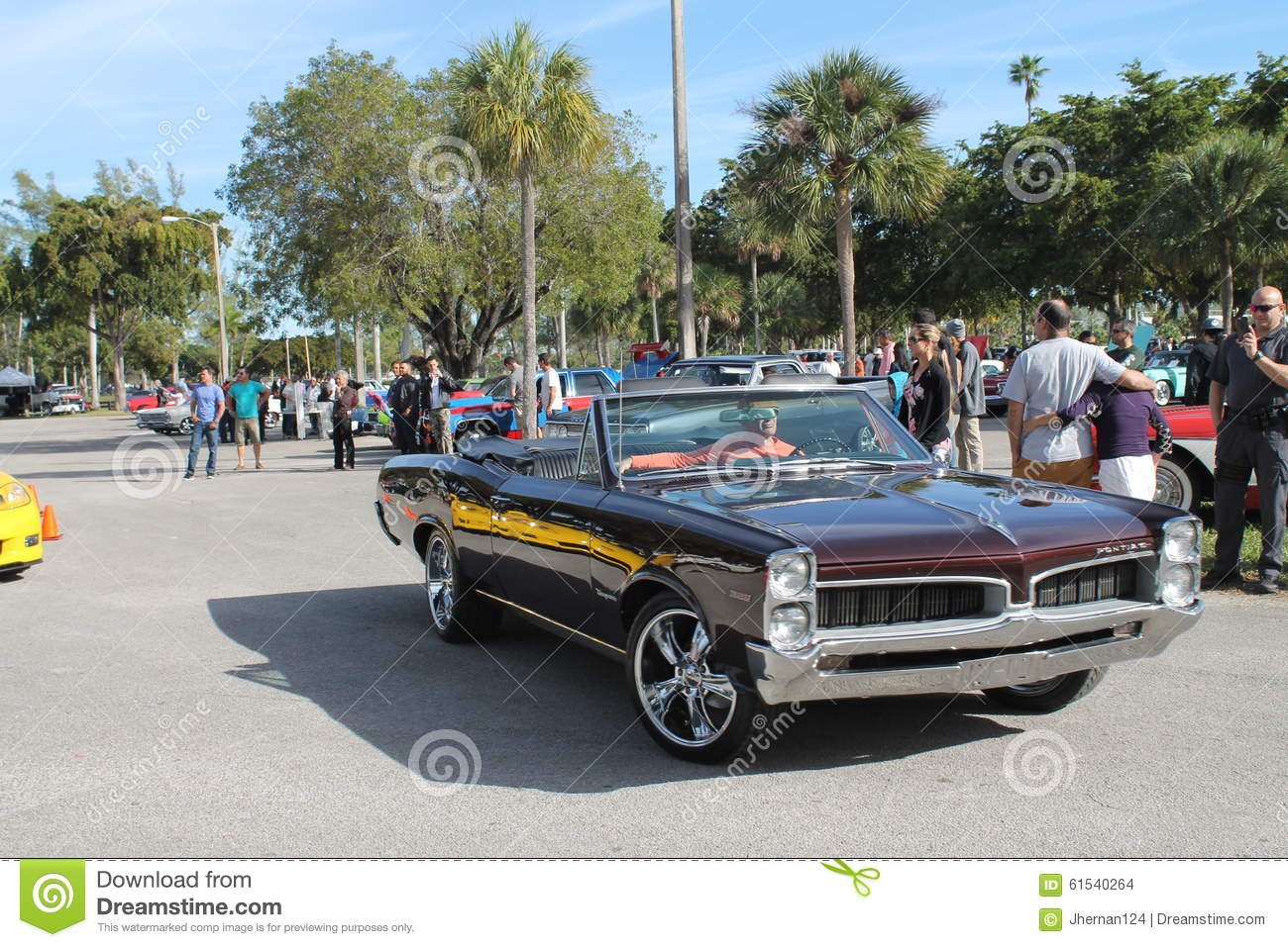 Old Classic American Muscle Car Editorial Stock Image - Image of ...