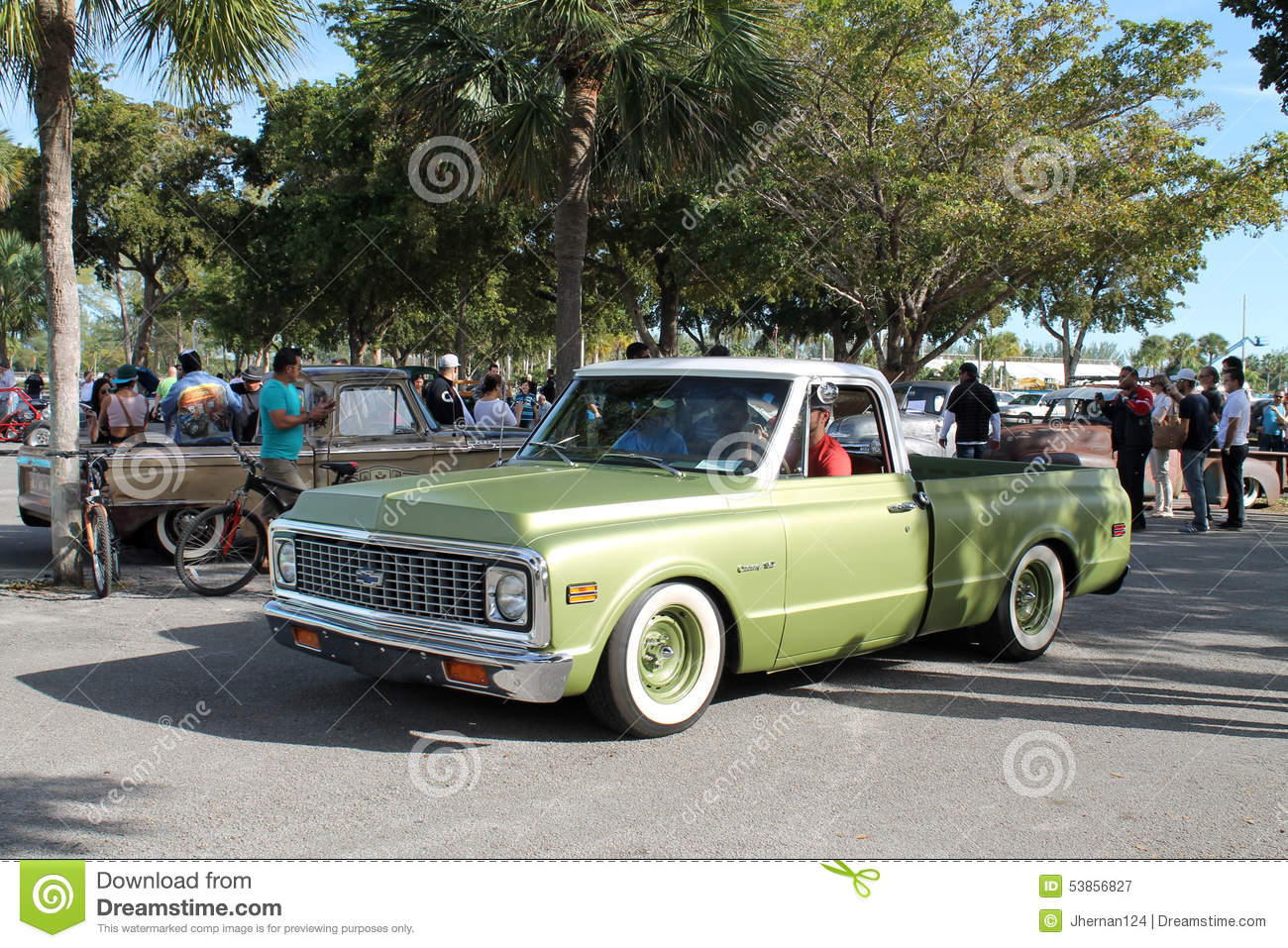 Old classic american truck editorial photography. Image of carshow ...