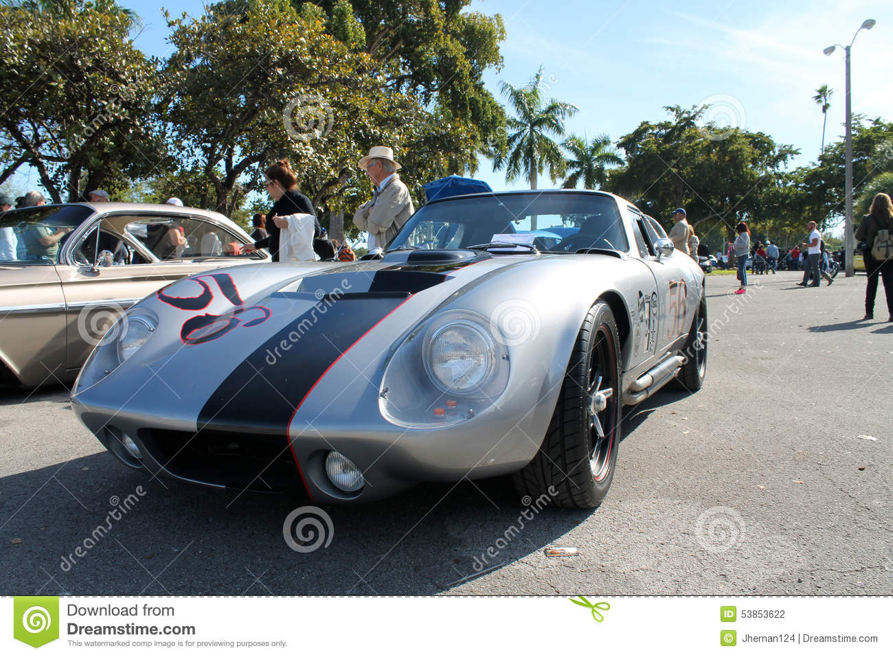 Old classic race car editorial photography. Image of carshow ...