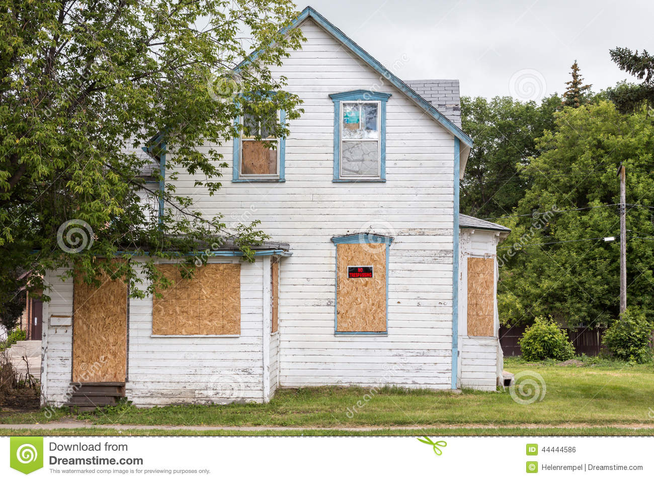 Old Condemned House Stock Photo Image 44444586