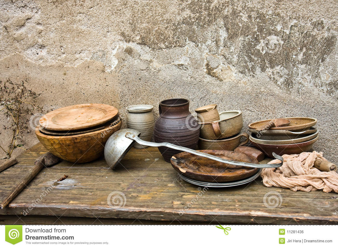 Old Dirty Dishes Royalty Free Stock Image Image 11281436