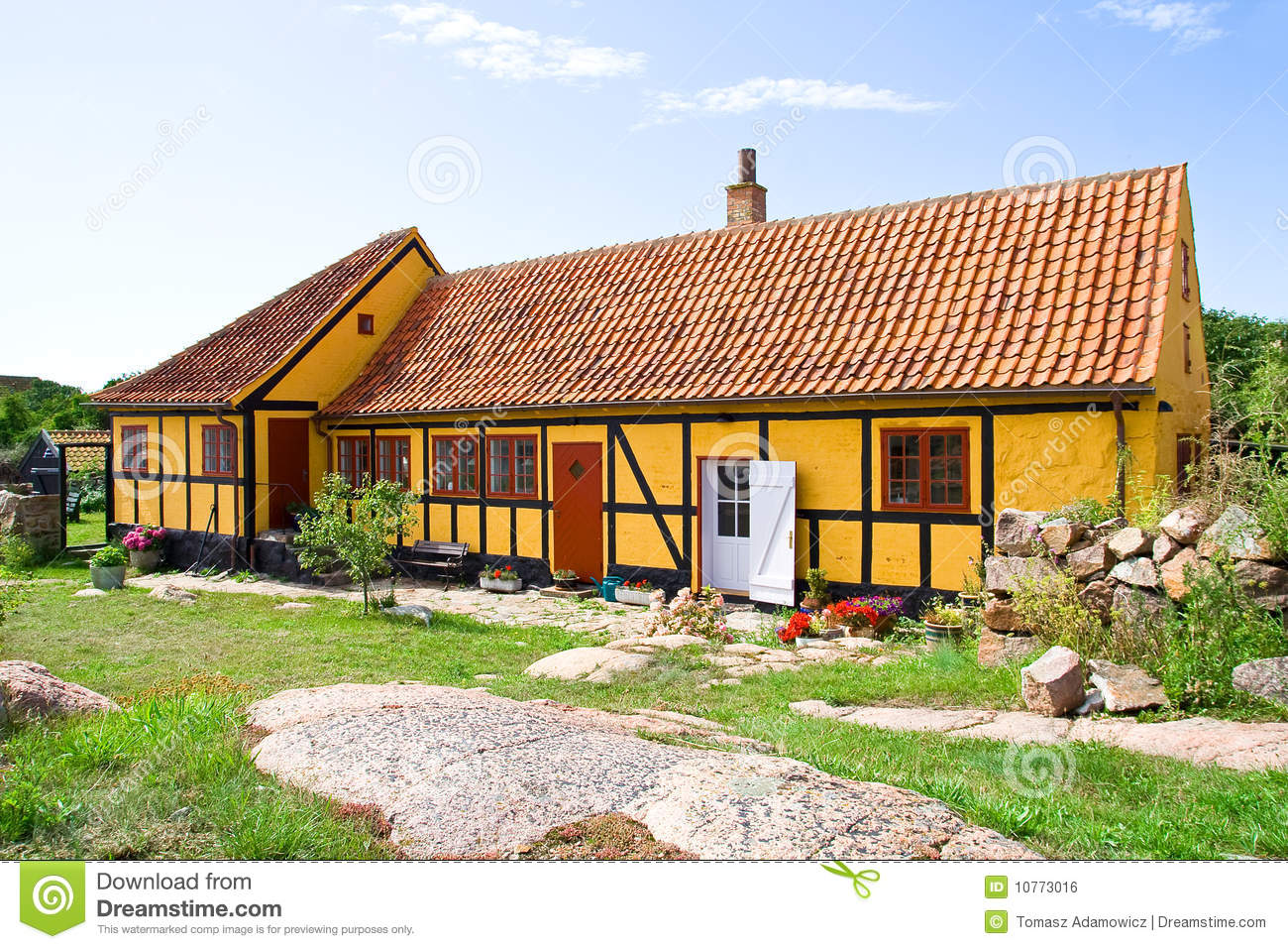 Old dutch house on christianso island stock photo image for Classic dutch house of 60m2