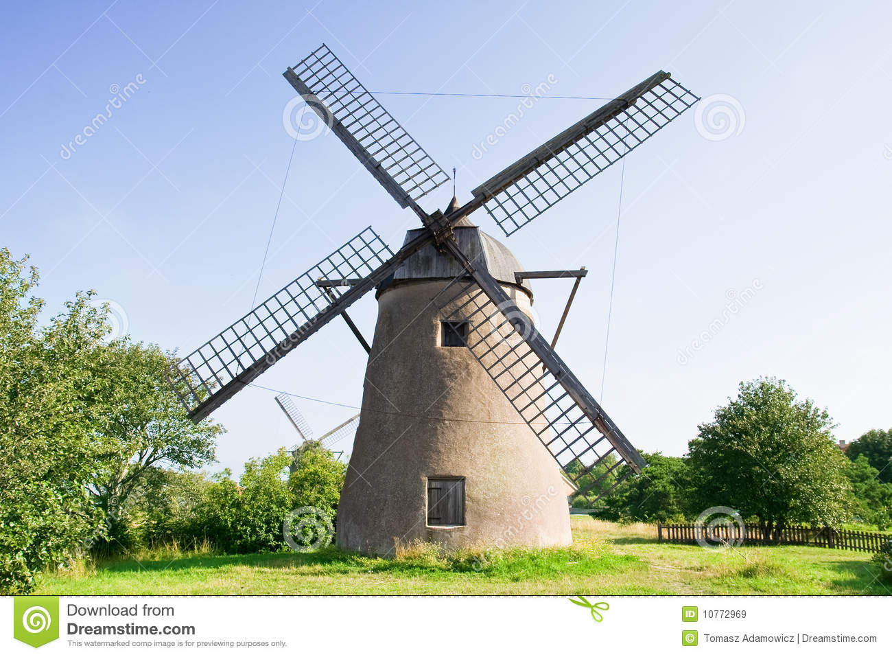 Old Dutch Windmill Royalty Free Stock Images - Image: 10772969