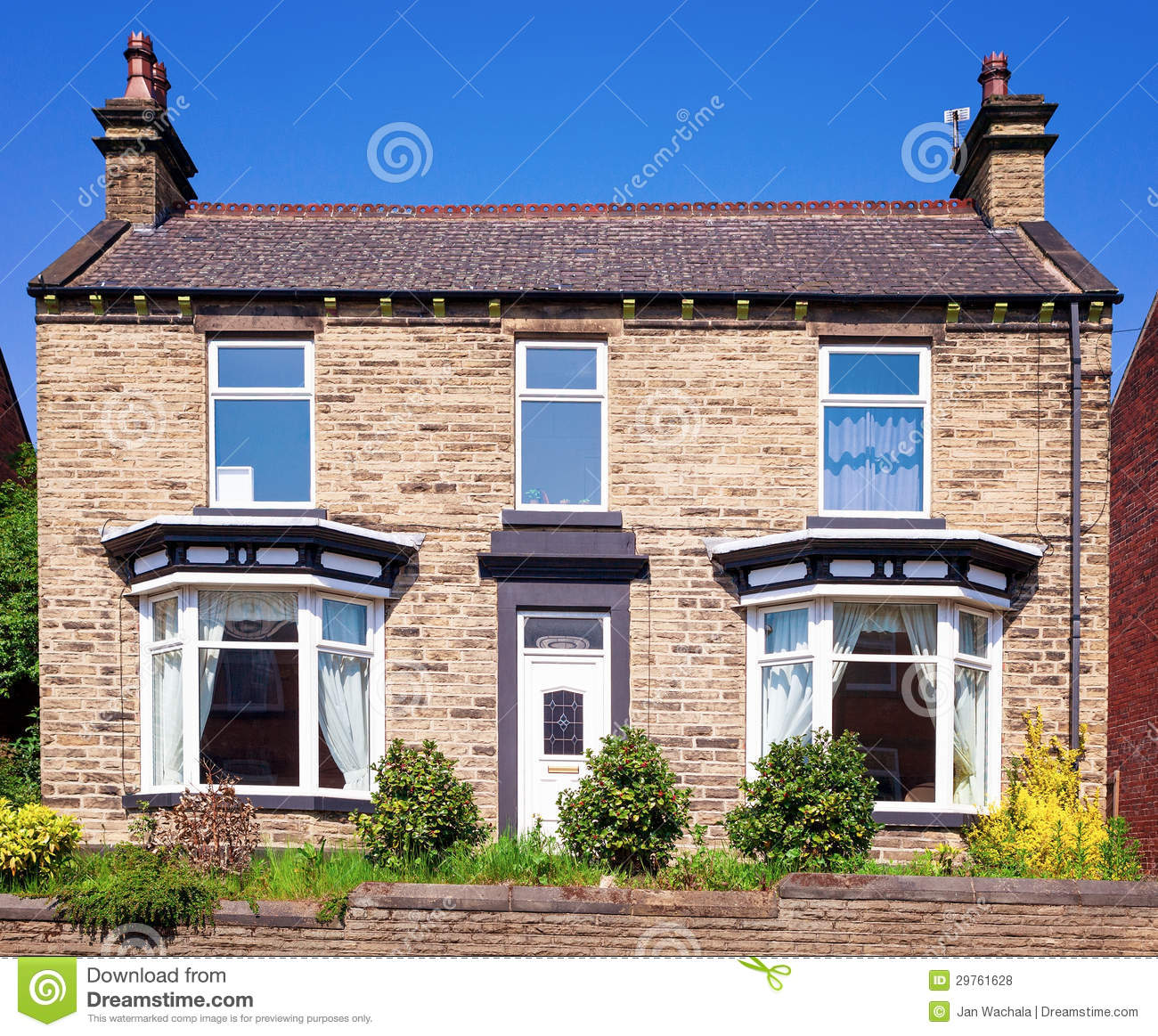 Old english house royalty free stock photos image 29761628 for Classic english house