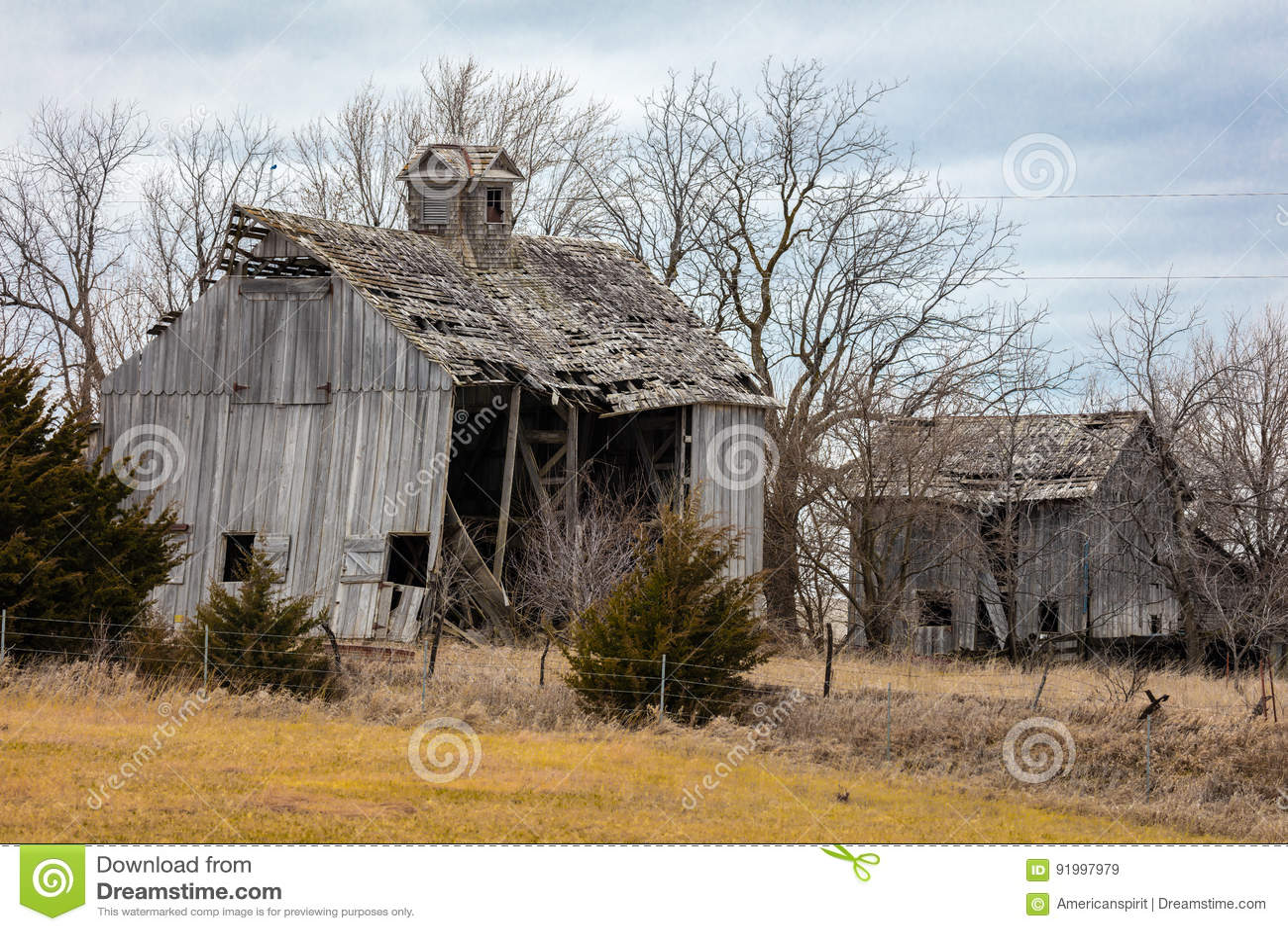 Old Falling down barn, Nebraska