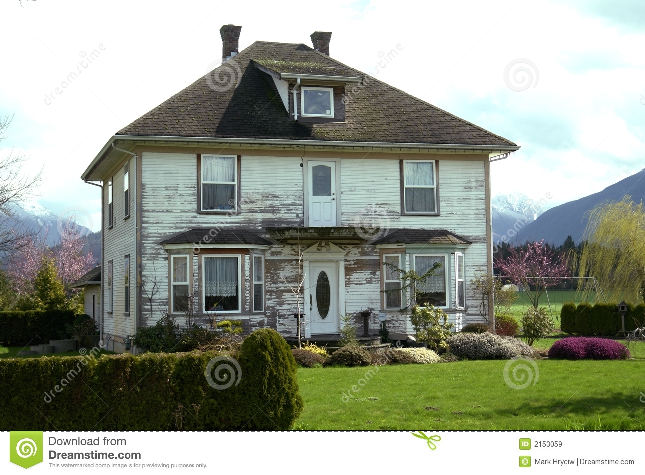 Old farmhouse royalty free stock images image 2153059 for Free farmhouse plans