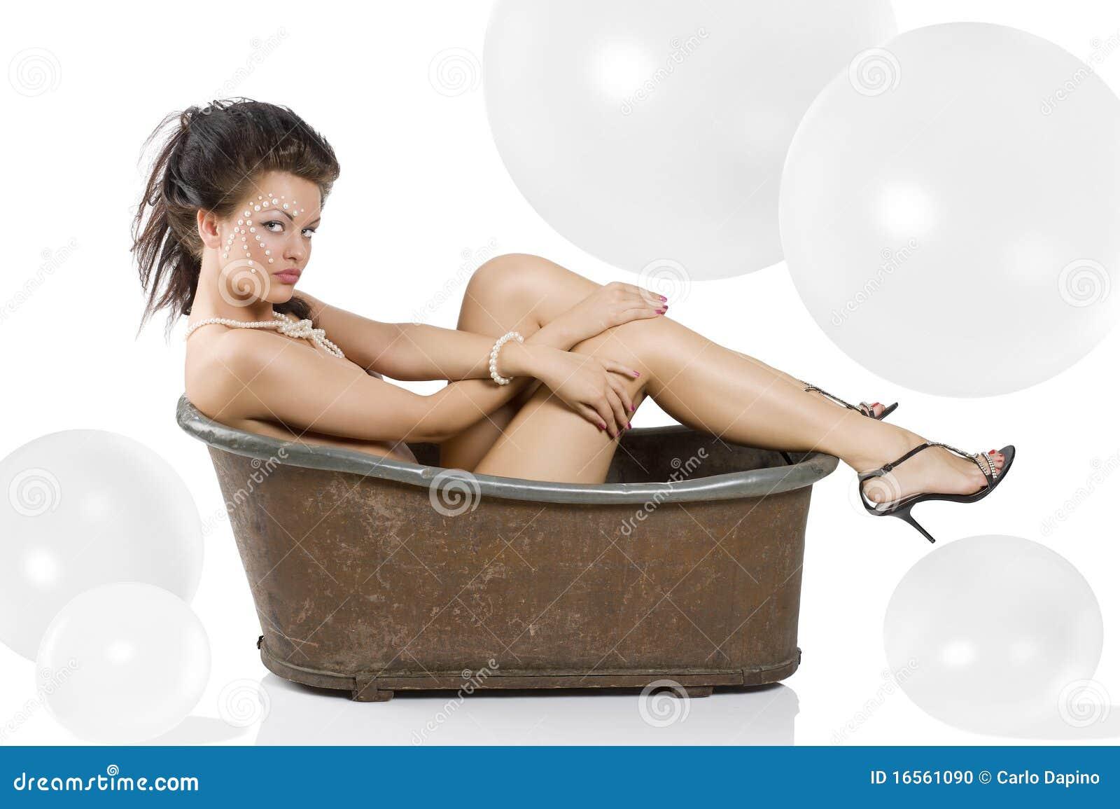 Nude amateur bath claw foot