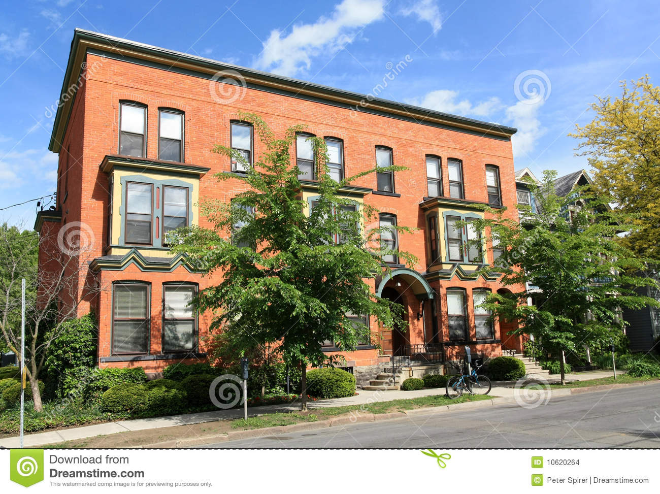 Old Fashioned Apartment Building Stock Photo   Image Of Street, Brick:  10620264