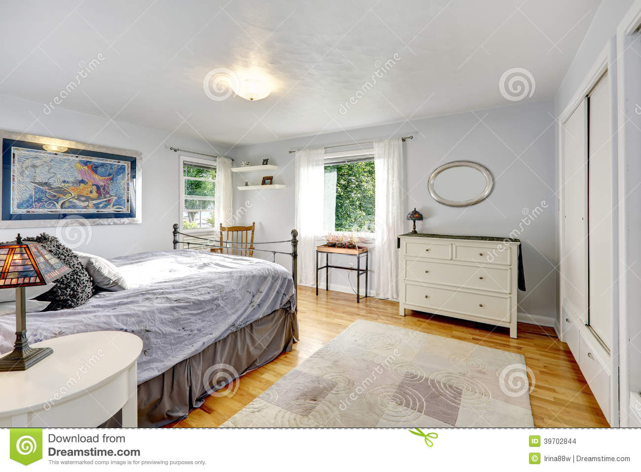 Old Fashioned Bedroom Old Fashioned Bedroom Stock Photo Image 35769660