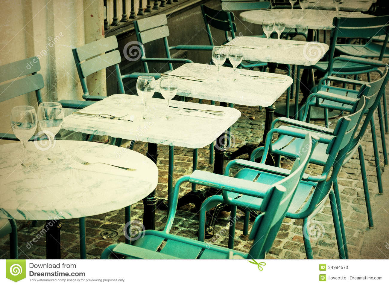 Old Fashioned Cafe Terrace Stock Image Image Of Paris 34984573
