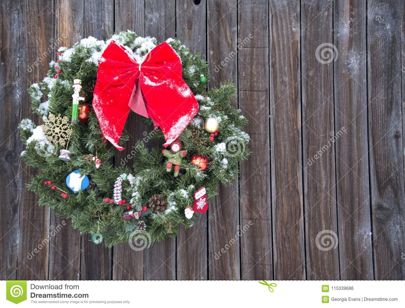 Old Fashioned Christmas Wreath Western Style Rustic Wreath On Wood ...