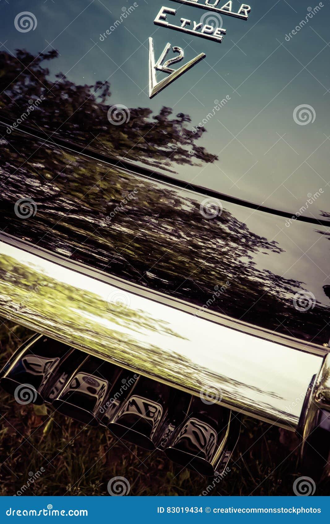 Download Old fashioned jaguar v12 stock photo. Image of fashionable - 83019434