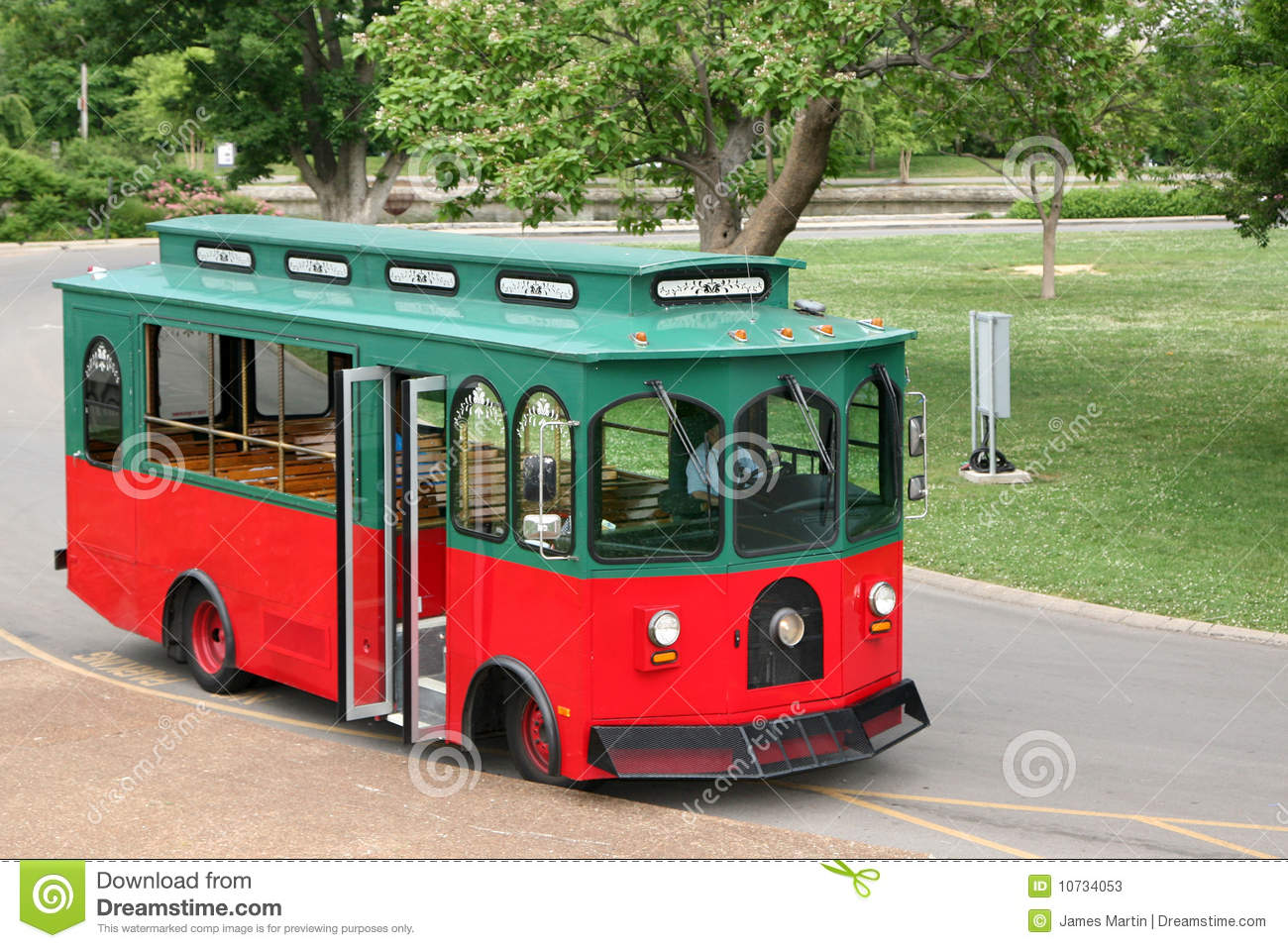 Old Fashioned Cars >> Old Fashioned Trolley In A Park Setting Stock Photos ...