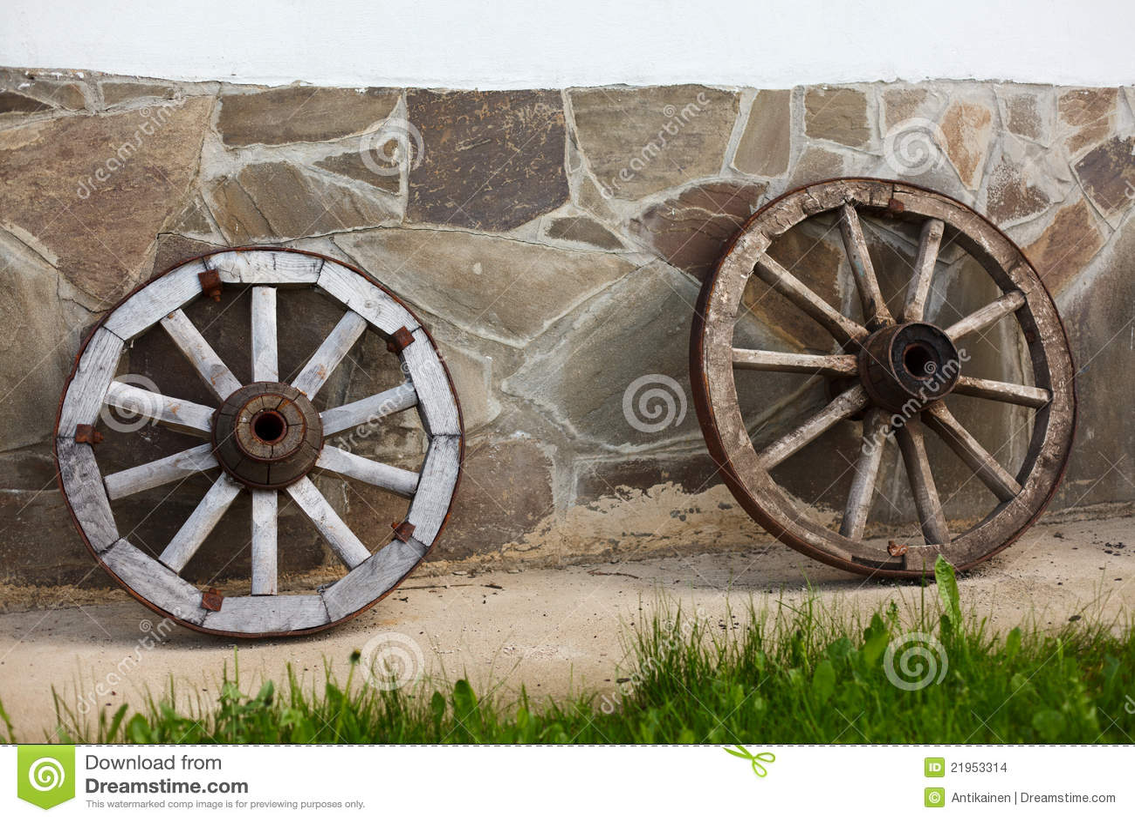 Old Fashioned Wagon Wheels