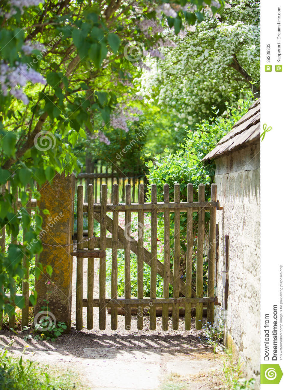 Old Fence And Gate To A Cottage Garden Stock Photos ...
