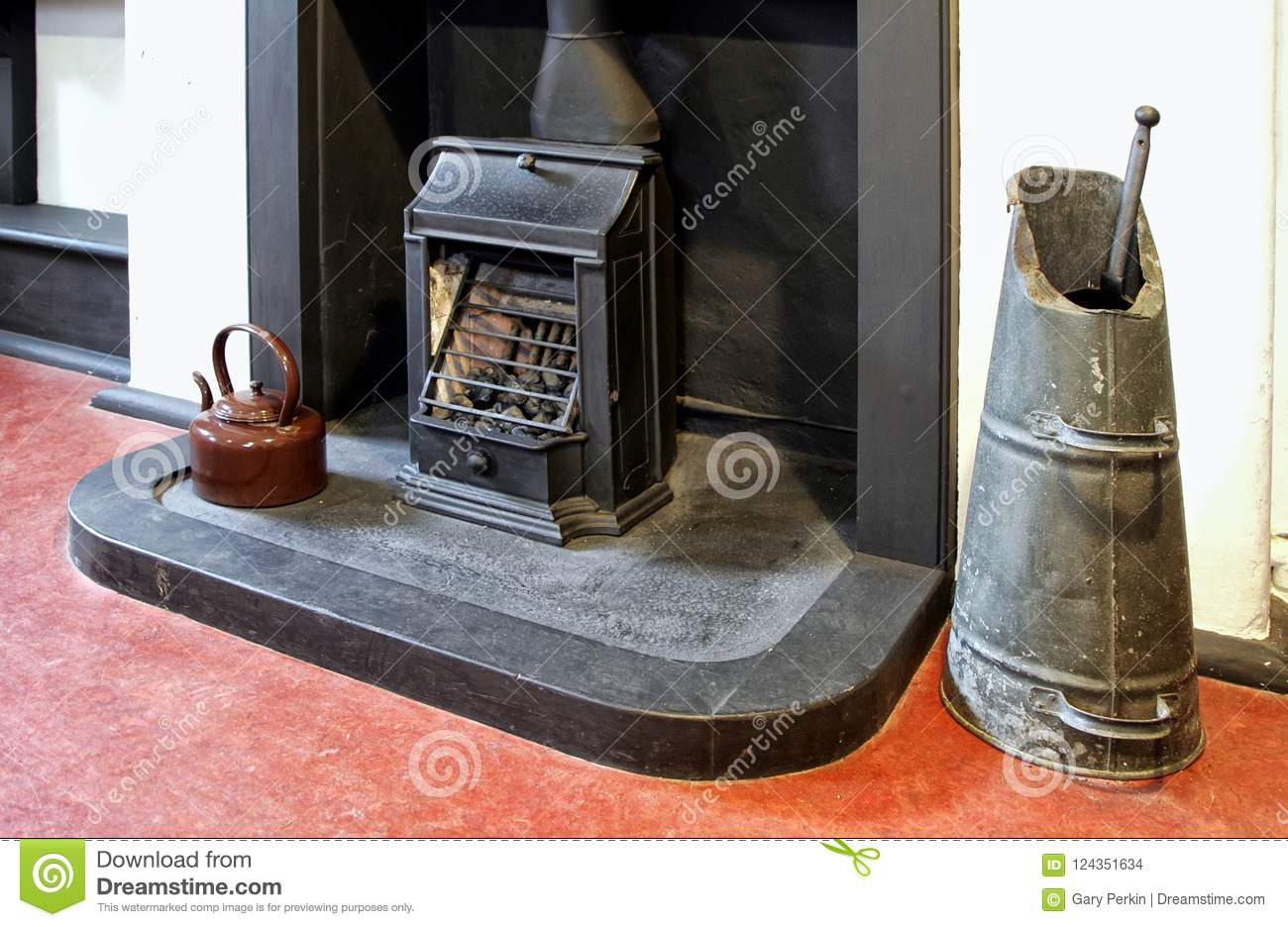 Groovy Old Fireplace Grate Coal Scuttle And Enamel Kettle In An Download Free Architecture Designs Terstmadebymaigaardcom