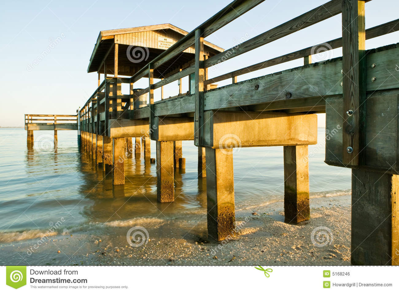 Old fishing pier royalty free stock image image 5168246 for Key west fishing pier