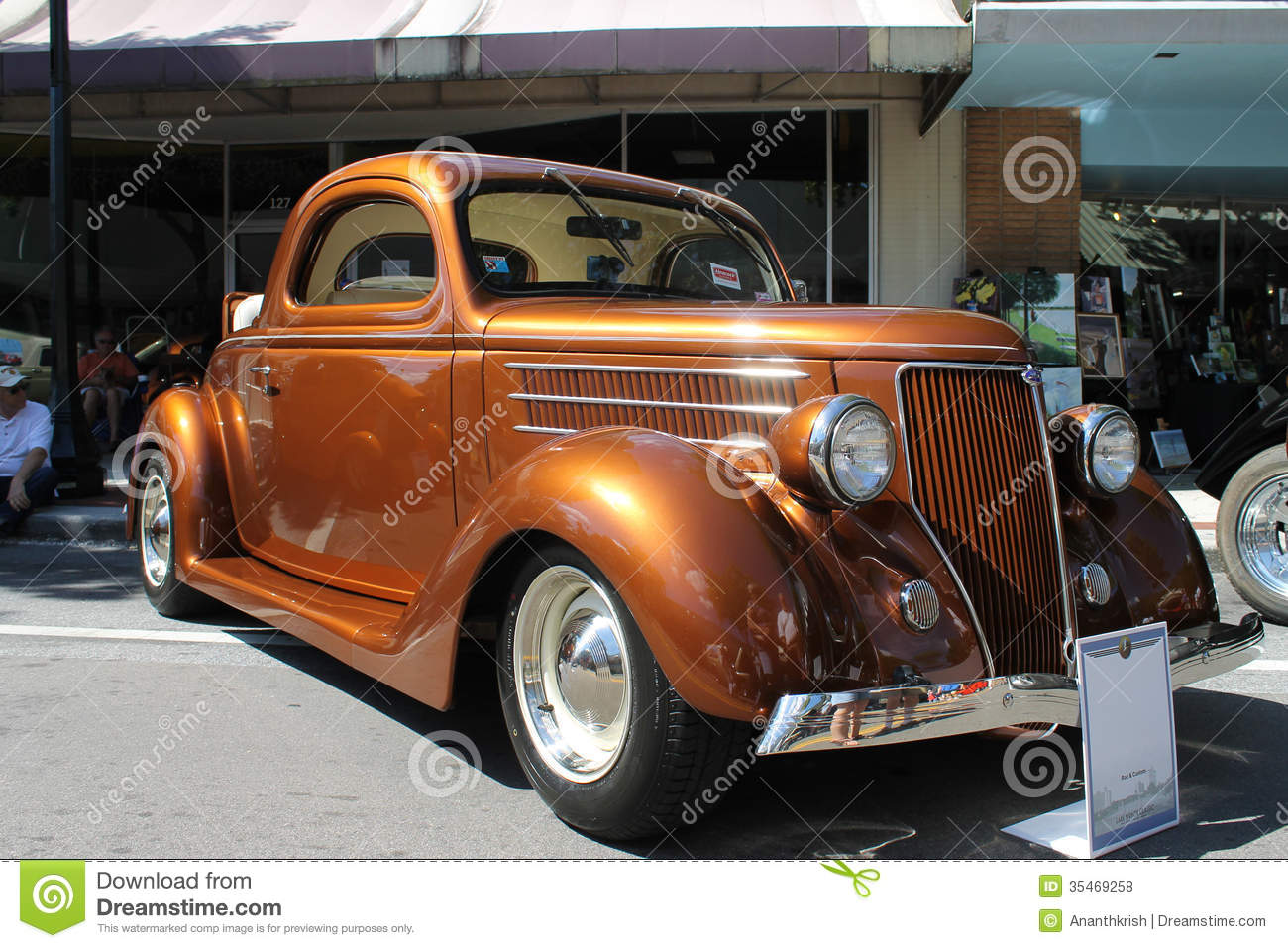 Old Ford Car At The Car Show Editorial Stock Photo - Image of show ...
