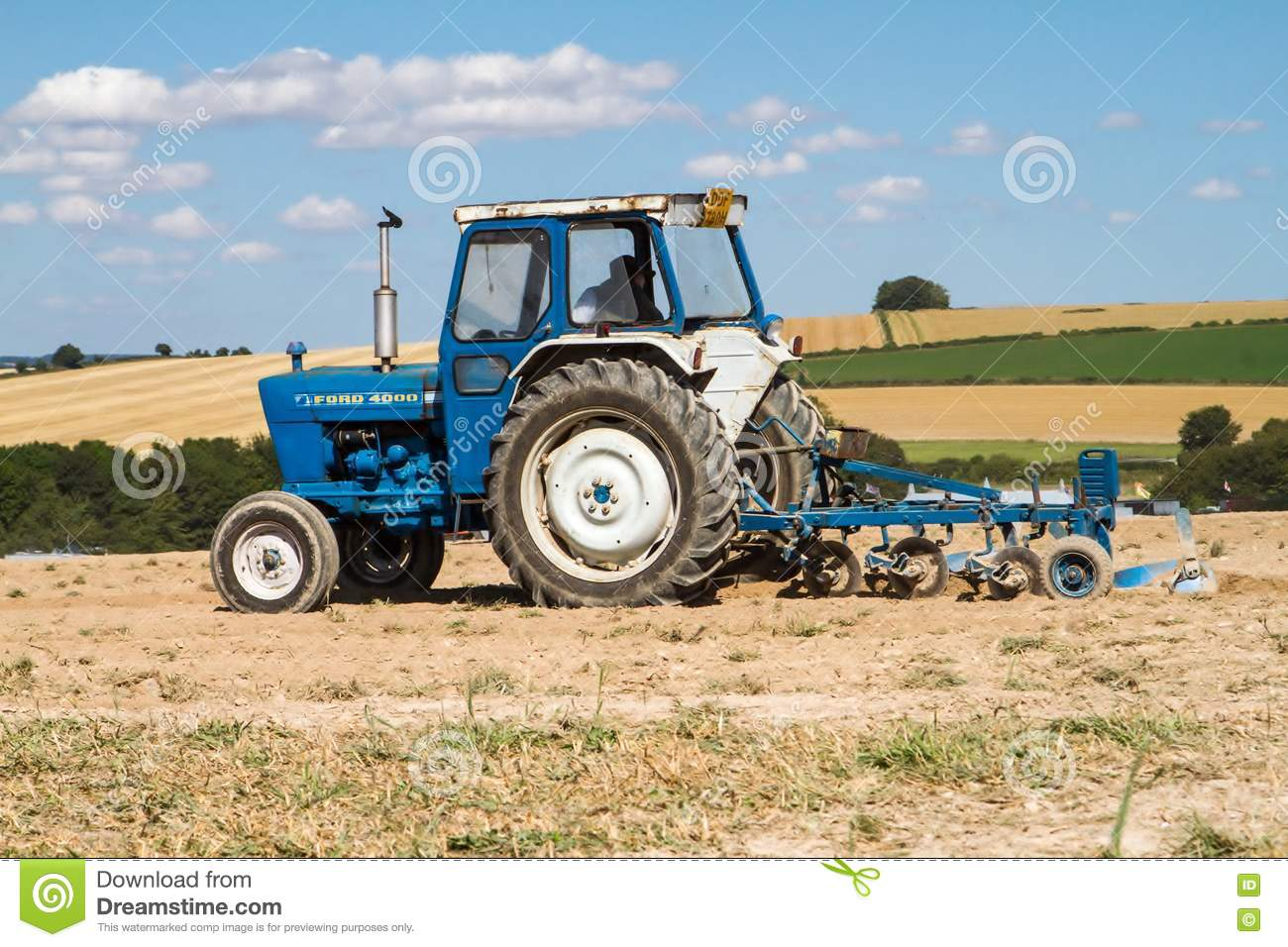 Ford 4000 Plow : Old ford tractor ploughing editorial photo image