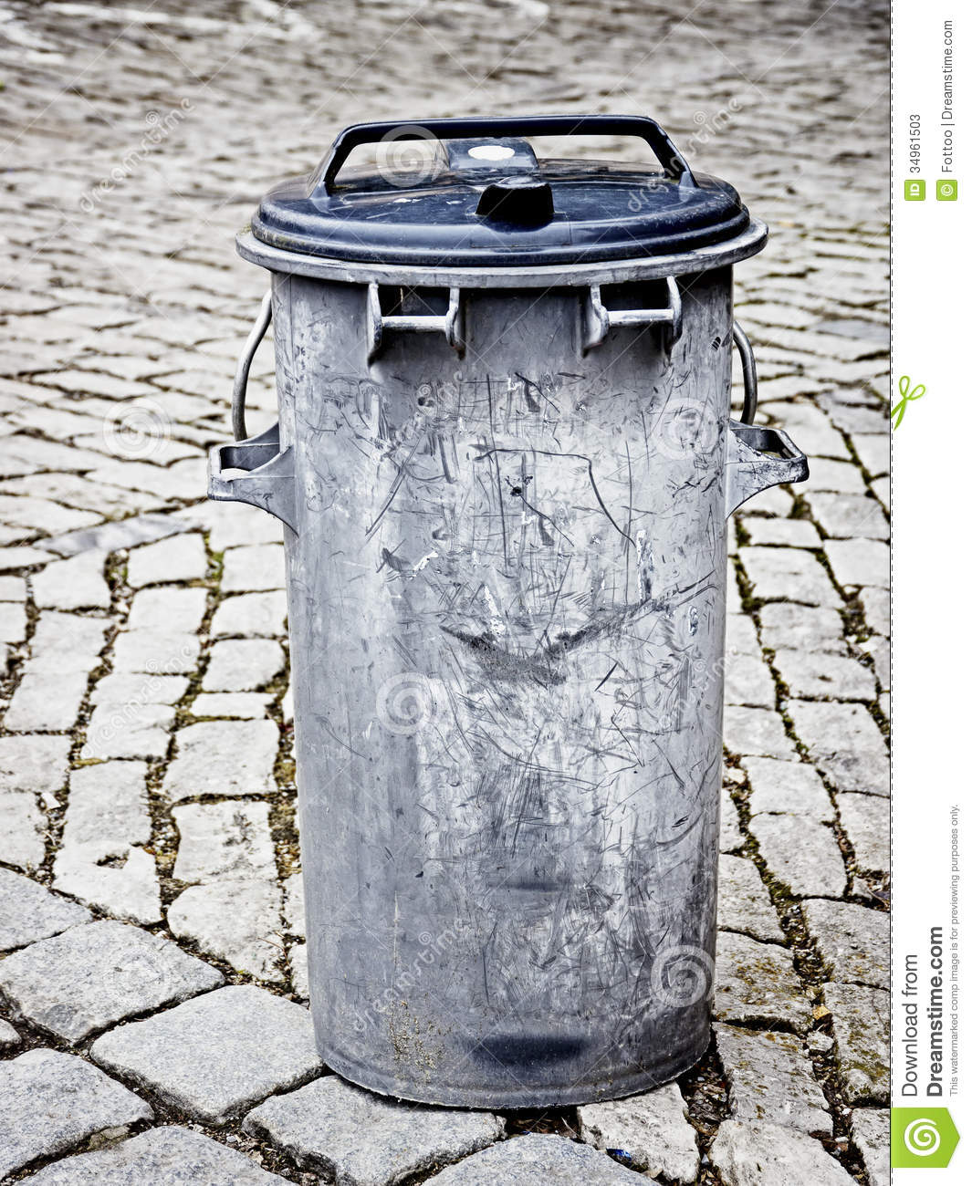 Old Garbage Bin Stock Image Image Of Photography Plastic