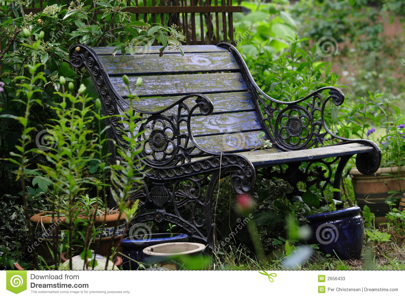 Old garden bench stock photos image 2656433 - Banc de jardin plastique ...